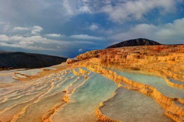 Badab Sourt Mineral Springs