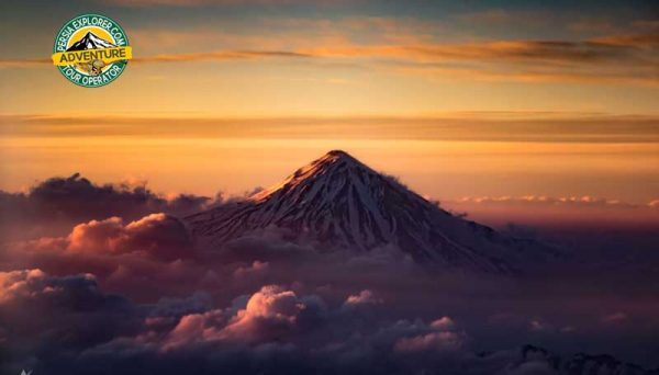 Climbing Mt. Damavand (5610m), Classic South Route