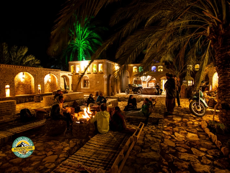 A Guesthouse in oasis Garmeh